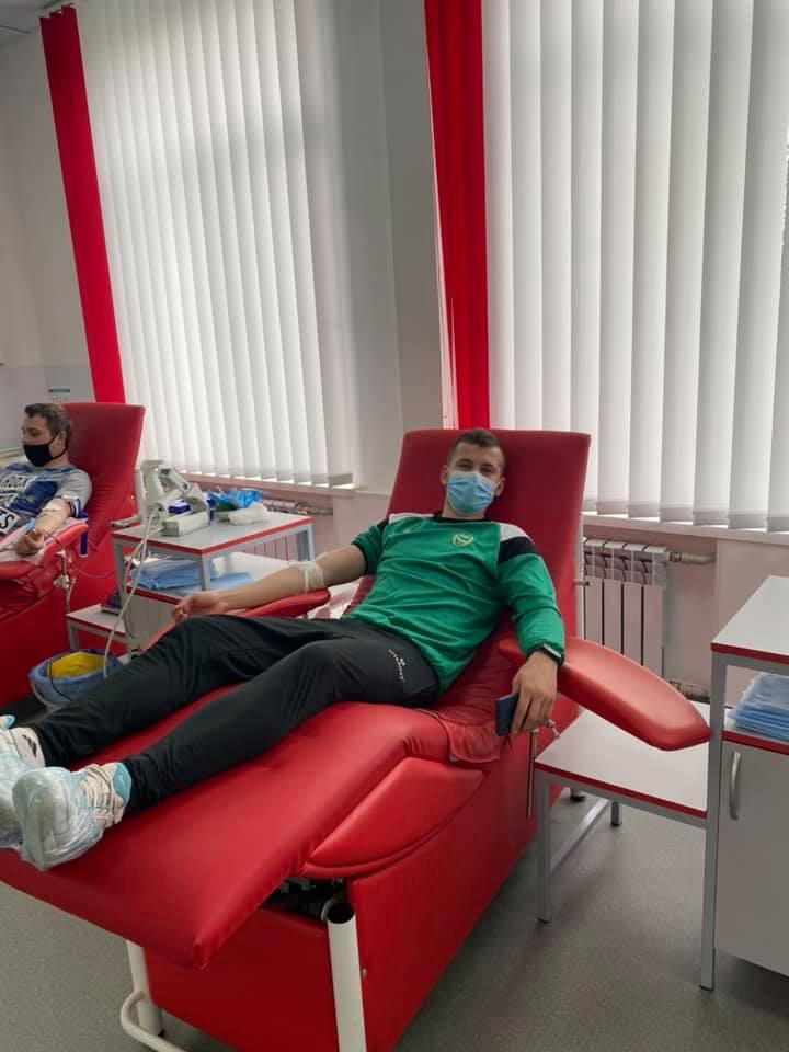 Гравці вінницької «Ниви» стали донорами крові