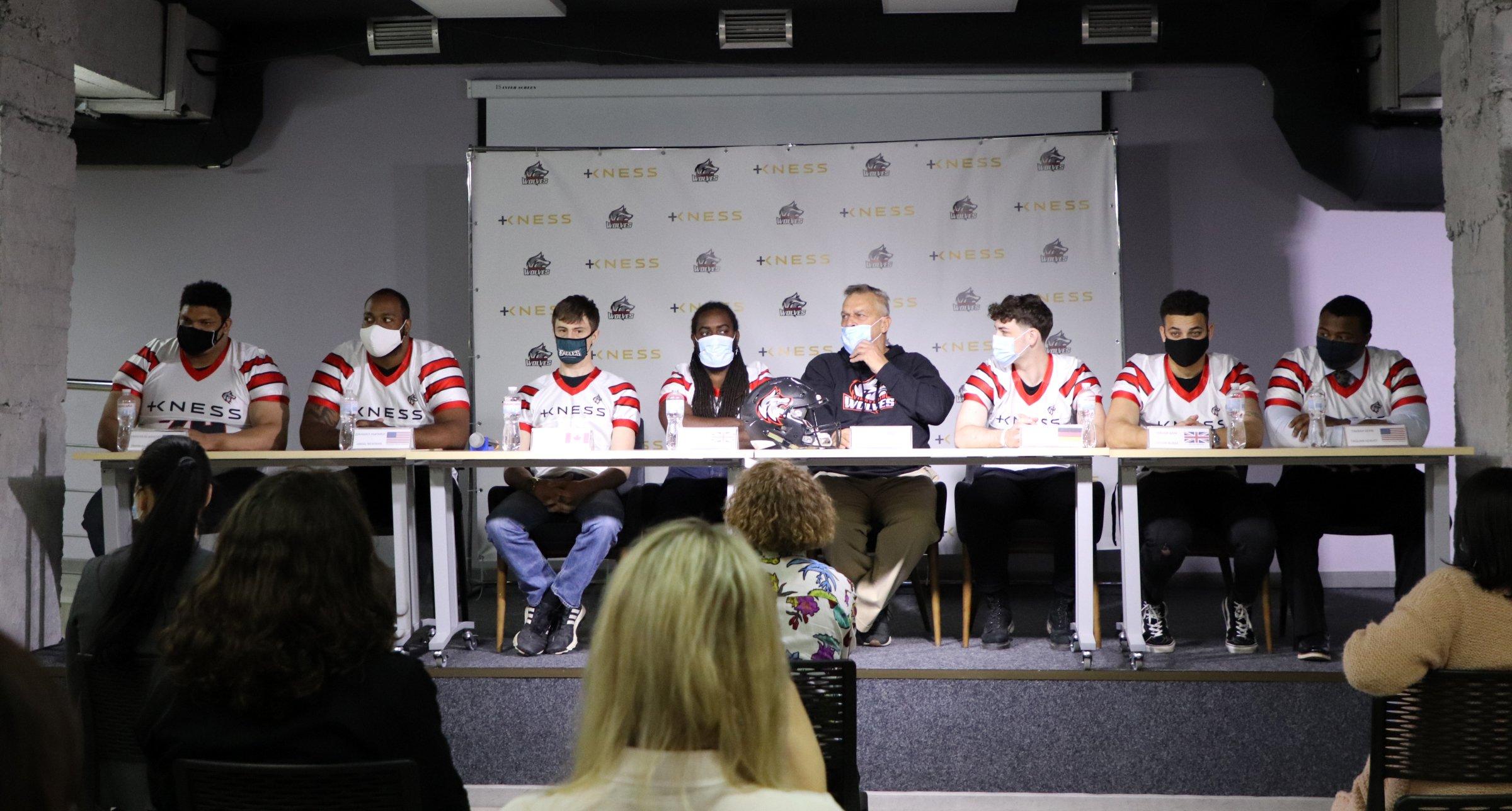 У Вінниці презентували міжнародних футболістів, які цьогоріч гратимуть за місцеву команду в чемпіонаті України