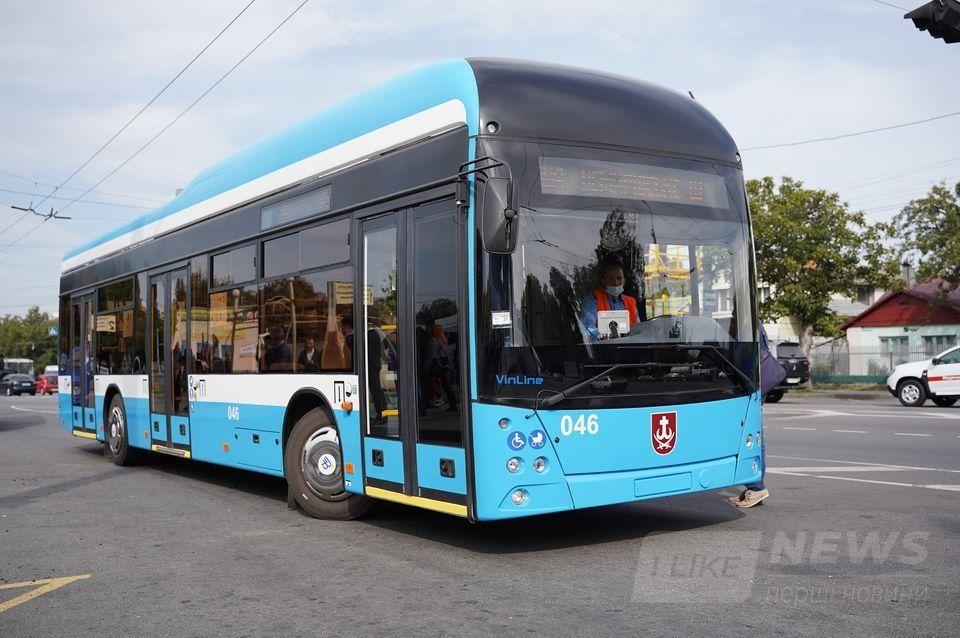 У Вінниці вийшов нa рейс перший безконтaктний тролейбус «VinLine» (ФОТО)