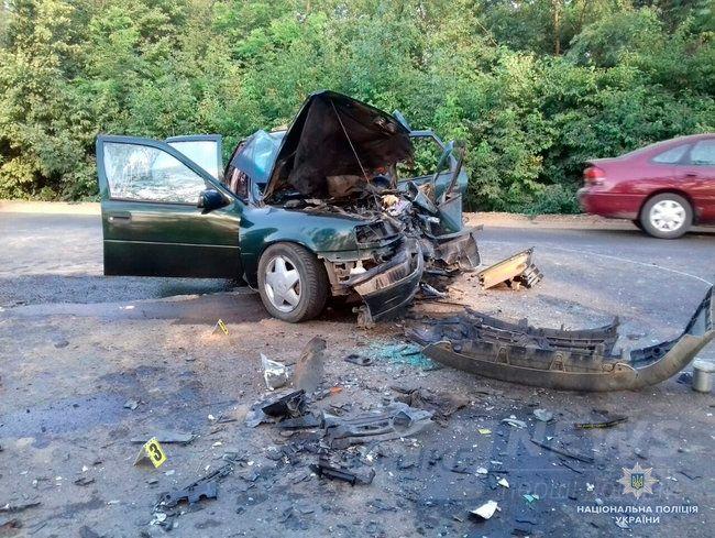 Восемь человек пострадали в ДТП на Буковине, один из них скончался в больнице, - НПУ 03