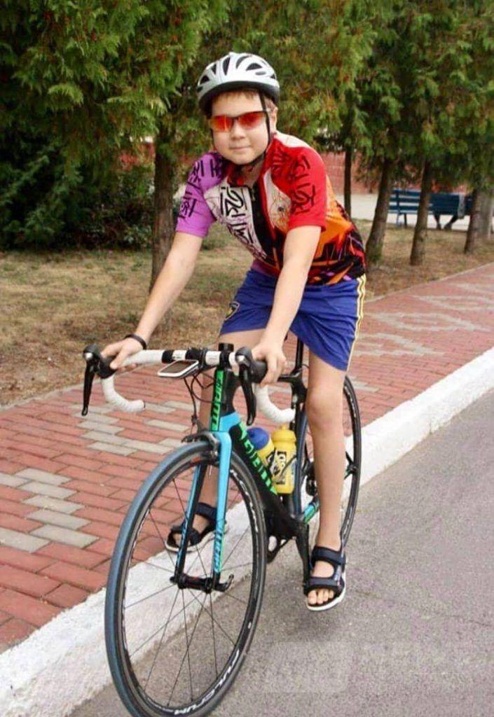 Допоможемо врятувaти життя 13-річному вінничaнину Шишкіну Сергію!
