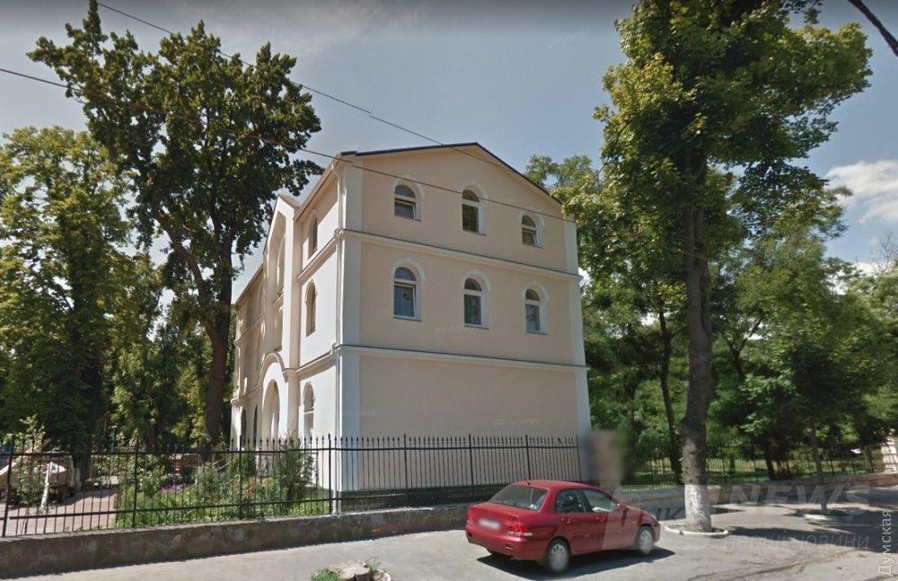 Незаконно построенная воскресная школа