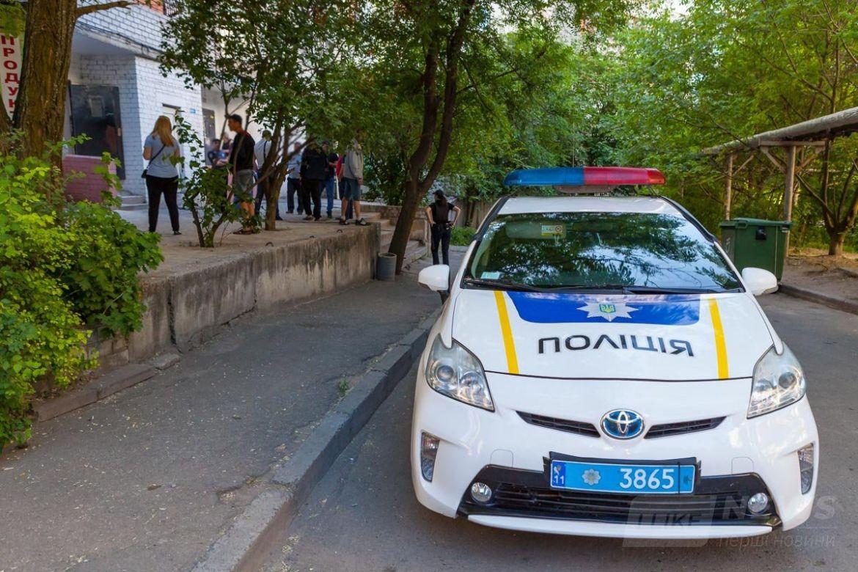 На месте работают патрульная полиция и следственно-оперативная группа