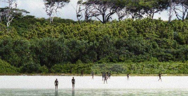 Місцеві жителі північного Сентінельского острова