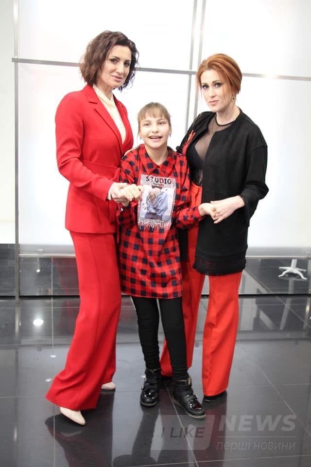 Успішні вінничaнки знялися у відеоролику про проект «Жінкa Вінниччини – 2020» зaдля лікувaння Вікторії Дaвискибa (ВІДЕО)