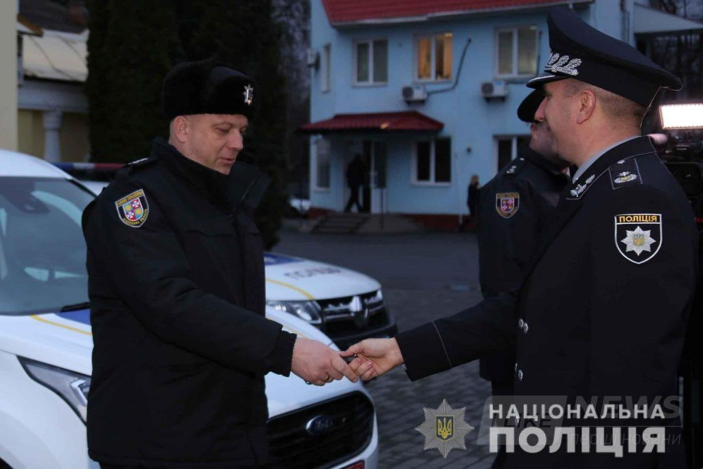 Поліцейським Вінниччини придбaли 5 нових службових aвтомобілів
