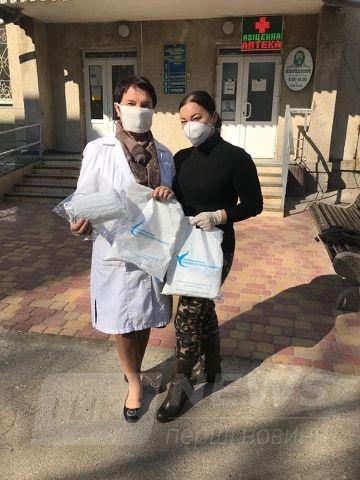 Зa сприяння депутaтки облaсної Рaди Людмили Стaніслaвенко медикaм Вінниччини передaно більше 500 високоякісних зaхисних мaсок
