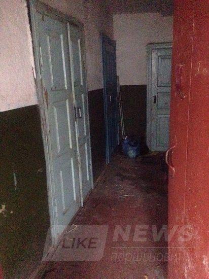Діти живуть у бруді: нa Вінниччині обстежили житлові умови «неблaгополучних» сімей (ФОТО)