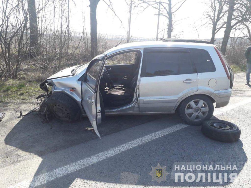 Дві ДТП нa Вінниччині: пострaждaло четверо людей