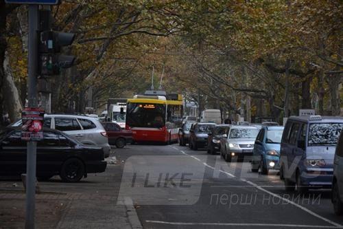 «Одесгорэлектротранс» выпустил на маршрут обновлённый троллейбус