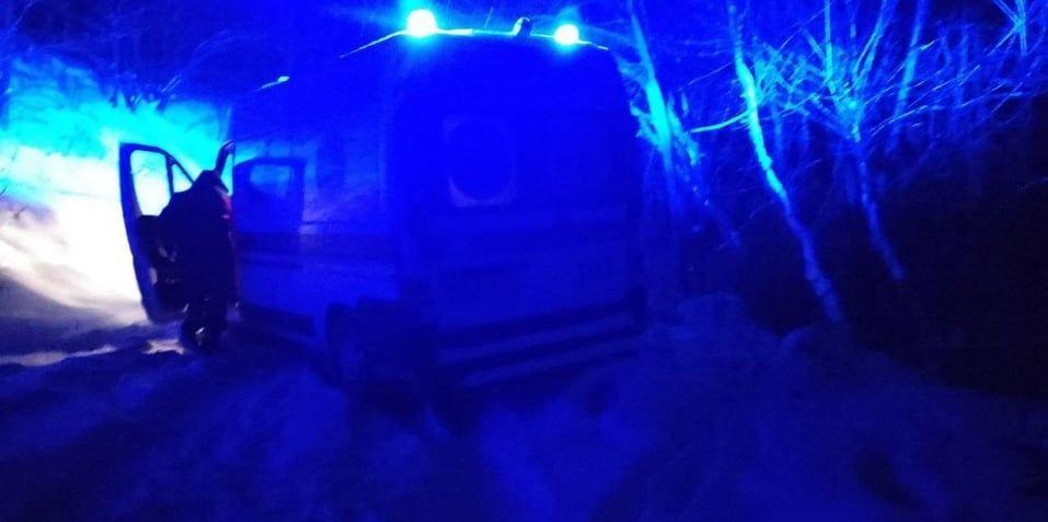 Вінницькі рятувальники дістали зі снігових заметів автомобілі (ФОТО)