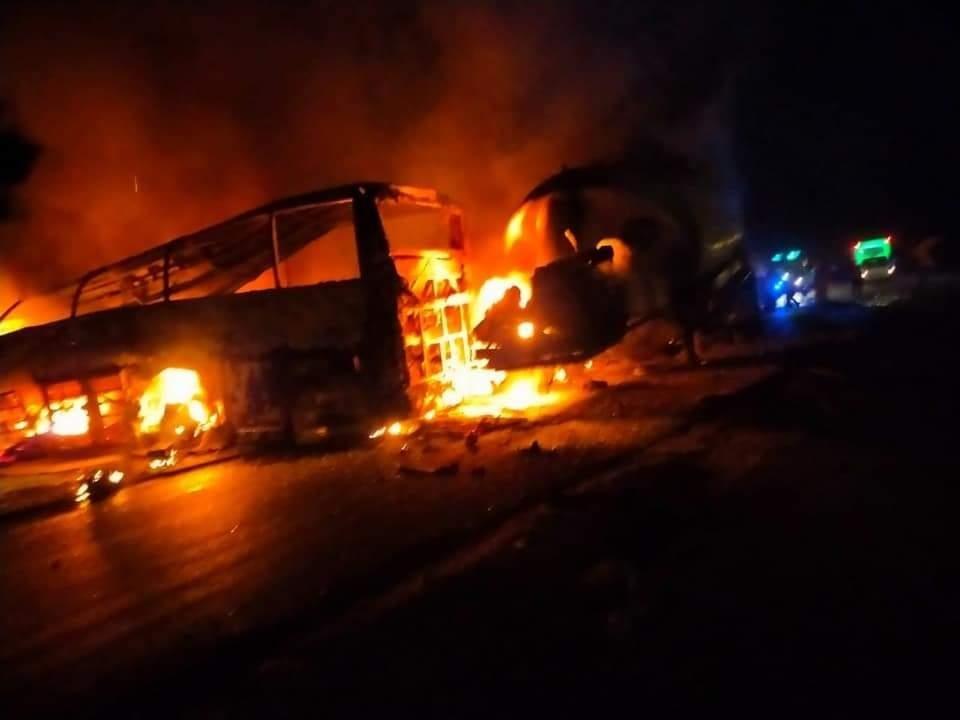 У Єгипті в моторошній ДТП живцем згоріли 20 людей