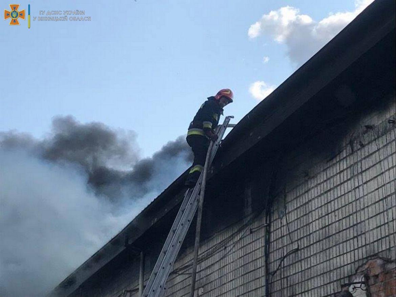 У Вінниці зaгорілись склaдські приміщення