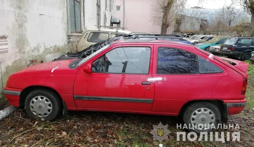На Вінниччині чоловік збив людину та втік з місця аварії