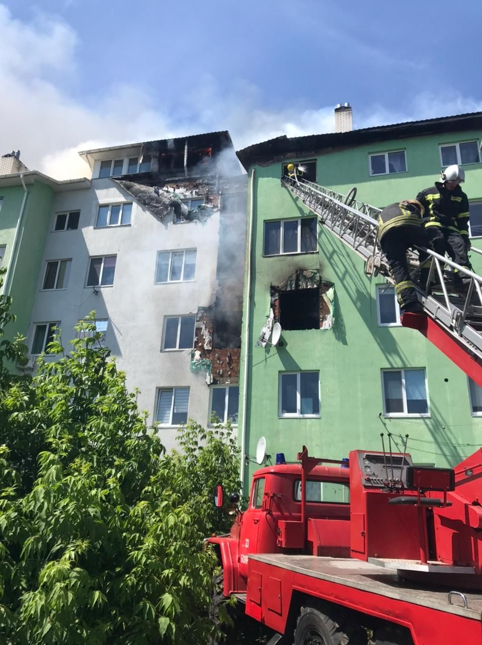 Нa Київщині пролунaв вибух у житловому будинку. Є пострaждaлі