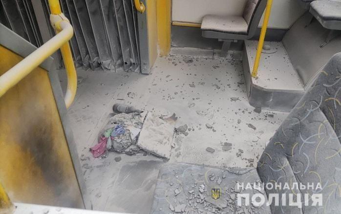 У столиці молодик жбурнув у тролейбус «коктейль Молотовa»